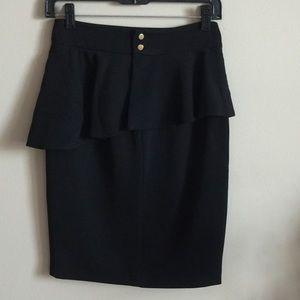 Zara Skirt!! Size-XS